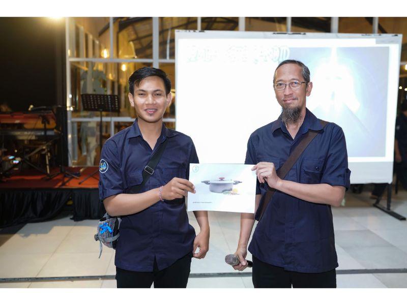 Penyerahan Door Prize